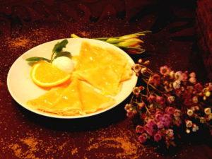 Блинчики под апельсиновым соусом